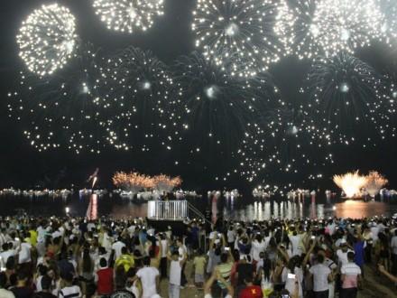 Manaus recebeu 2016 em grande estilo e c muitas festas