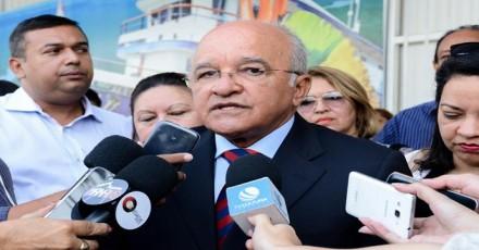 O gov. José Melo, fala em novos investimentos para a saúde no Amazonas