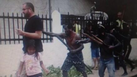 Revoltados, indigenas expulsam coordenaor da Funai, em Atalai do Norte