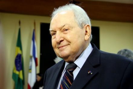 Bernardo Cabral foi convidado pelo conselheiro Josué Filho