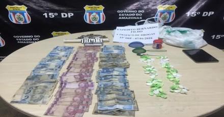 Farmacêutico é preso com cocaína e dinheiro do trafico