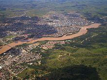 Mais uma foto do Rio Doce com lama, que será revitalizado