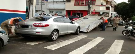 Manaustrans, , multa e remove carros estacionados irregularmente