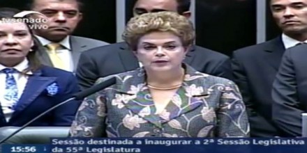 Dilma defende a CPMF e é vaiada na abertura do Congresso