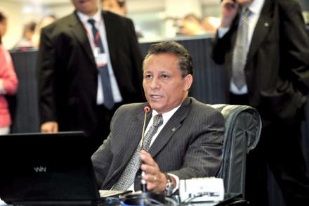 Deputado Adjuto Afonso, pede que prefeito apostem em rádios comunitários