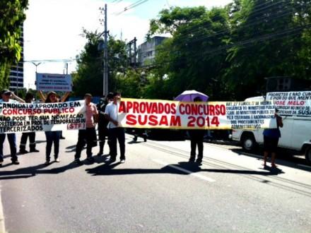 A manifestação aconteceu na Av. André Araújo, em frente a Susam