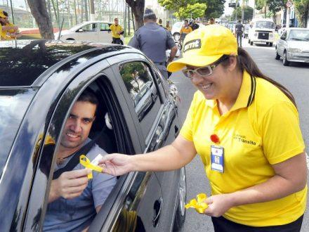 """""""maio Amarelo"""", trbalha por um rtansito mais seguro e huano"""