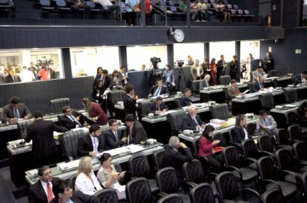 Deputados aprovam vários  projeto de Lei, na Aleam