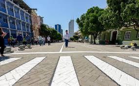 A nova Av. Eduardo Ribeiro, transporta um pouco da cidade, para a Manaus antiga
