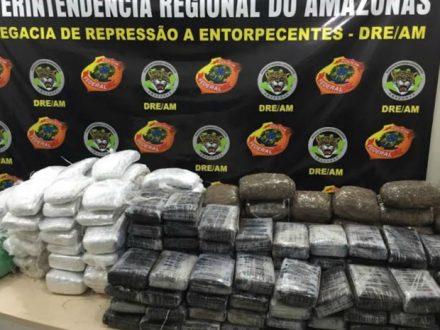 A droga encontrada no barco, Rio Negro, próximo a Manaus, ofi apreendida