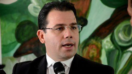 Vereador Wilker Barreto, prepara projeto com objetio de acabar com estaciomanto pagos, em hospitais na capital