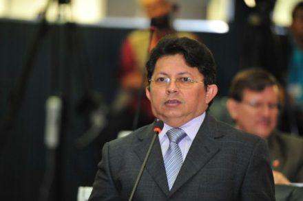 Campos, convidada a todos para uma participação maior sobre o Polo Naval