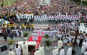 A manifestação de fé, demonstrada pelos manauras, foi muito intensa