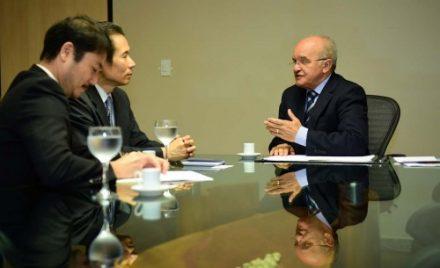 Ao receber o nov Consul do japão, o governador José \melo, fala de economia e Olimpíadas