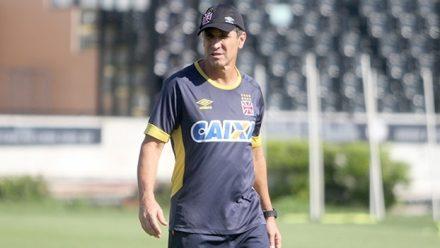 Jorginho, técnico do Vasco, demonstra confiança