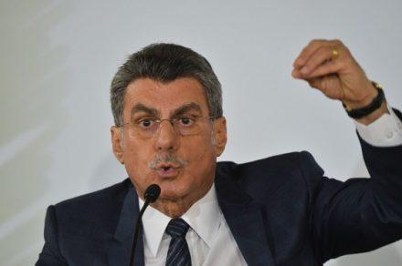 Romero Juca deixa o Planejamento e retorna o Senado