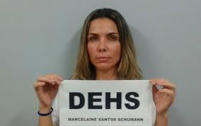 A socialite Marcelaine, quer vetos roupa comum no Tribunal do Juri populr