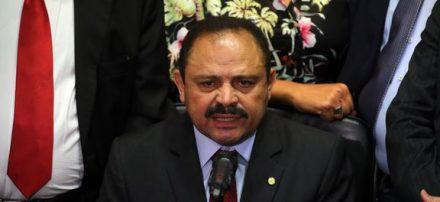 Após ganhar muito espaço na mídia e receber uma saraivadas de criticas, Maranhão voltou ao estado normal, e revogou a decisão de anular o impeachment