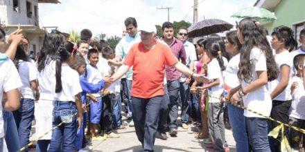 O governador José Melo, foi para a festa de aniversário de Humaitá e foi recebido com festa na cidade