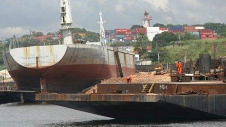 O Poo Naval é muito com muito importante para a socioeconomia amazonense