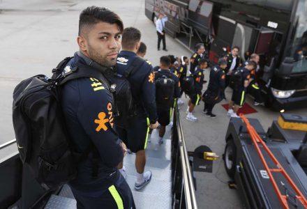 Seleção brasileira chega a Denver