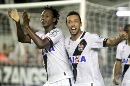 Andrezinho marca gol olímpico na virada do Vasco, em Maceió