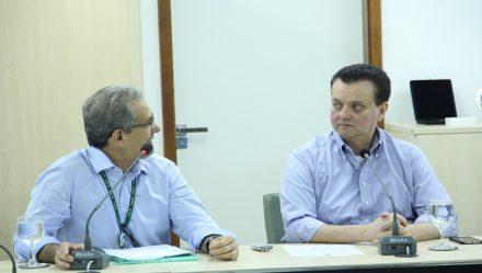 No INPA, o ministro Giberto Kassab, prometeu continuar apoiando as pesquisas