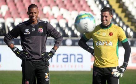 Martim Silva, deverá voltar ao gol do Vasco hoje e Jordi vai paa o banco