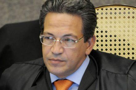 O hoje =, ministro do STJ Mauro Campbell, seria a vitima