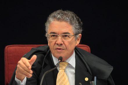 O afastamento de Rena da presidência do Senando, foi uma decisão do ministro do STF, Marco Aurélio de Melo